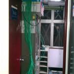 """辦公室所有""""網路""""集中於機房內專線到底,任何線路無節點與接點"""