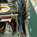 網路 資訊設備 線路凌亂